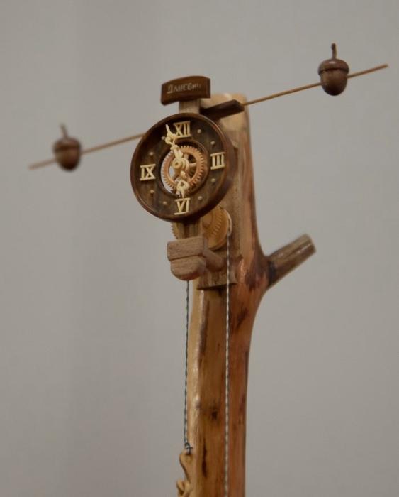 деревянные часы Валерий Даневич 7 (563x700, 123Kb)