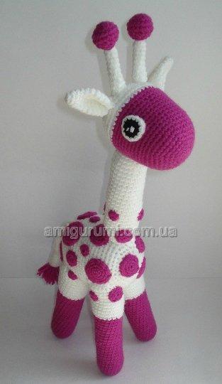 а вязаный жираф еще и не