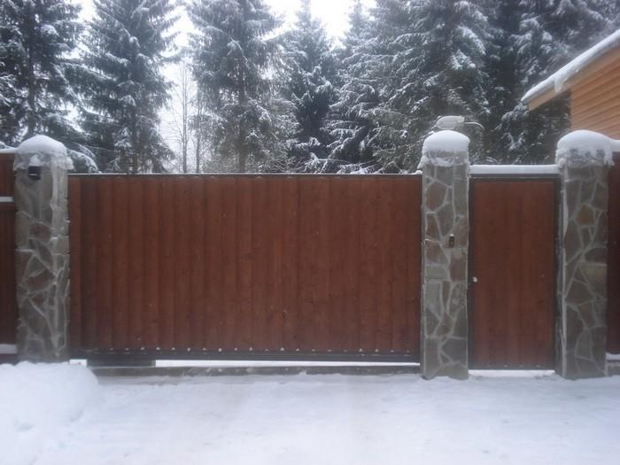 Автоматические ворота для вашего дома/2822077_Avtomaticheskie_vorota_dlya_vashego_doma_6 (700x525, 87Kb)