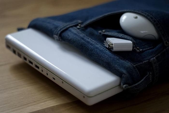 Чехол для нетбука из старых джинсов. Фото идея (3) (700x469, 161Kb)