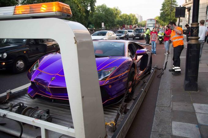Lamborghini наследника катара арестована фото 7 (680x453, 280Kb)