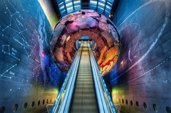 Въезд в исторический музей, Лондон, Великобритания (700x462, 113Kb)