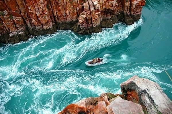 Горизонтальный водопад, бухта Талбот, Австралия (600x400, 279Kb)