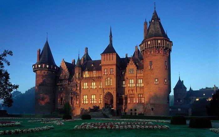 Замок де Хаар - сказочный уголок Средневековья в сердце современной Голландии (700x437, 58Kb)
