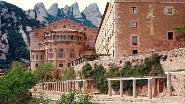 Монастырь Монсеррат в Испании (604x340, 47Kb)