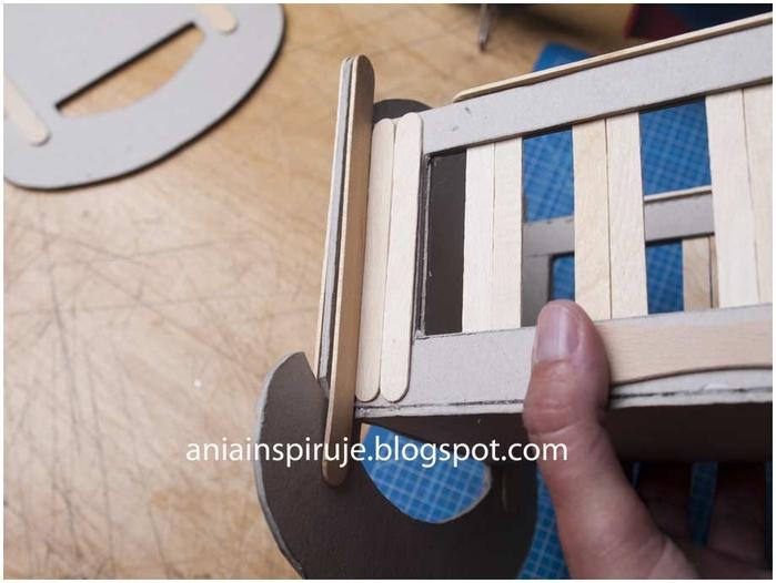 Колыбелька из картона и палочек от мороженого. Мастер-класс (21) (700x526, 187Kb)