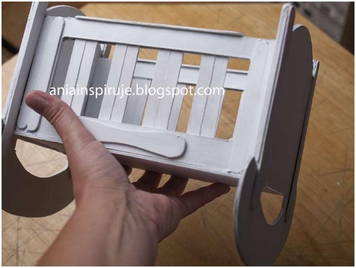 Колыбелька из картона и палочек от мороженого. Мастер-класс (29) (700x526, 179Kb)