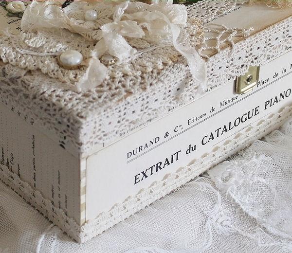 Понравилось оформление коробочки в стиле шебби шик (1) (600x520, 217Kb)