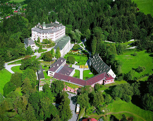 замок Амбрас 8 (620x492, 521Kb)