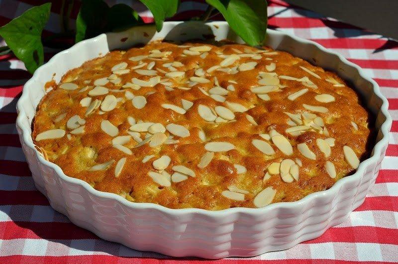 Простой пирог с яблоками рецепт с фото пошагово в духовке