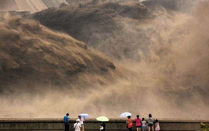 дамба на реке хуанхэ китай 2 (700x436, 177Kb)