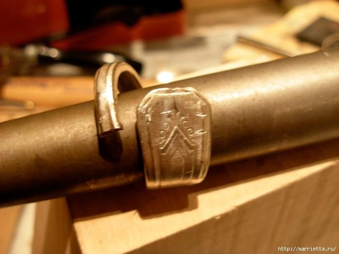Как сделать кольцо из серебряной ложки (38) (700x525, 216Kb)