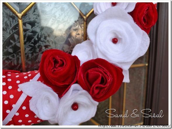 4979645_Felt_flowers_Velvet_Roses_800x566 (588x442, 150Kb)