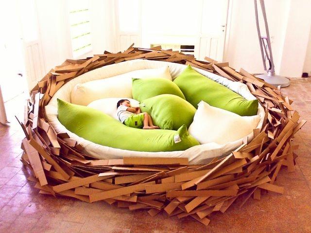 дизайнерская мебель кровать-гнездо (640x479, 181Kb)