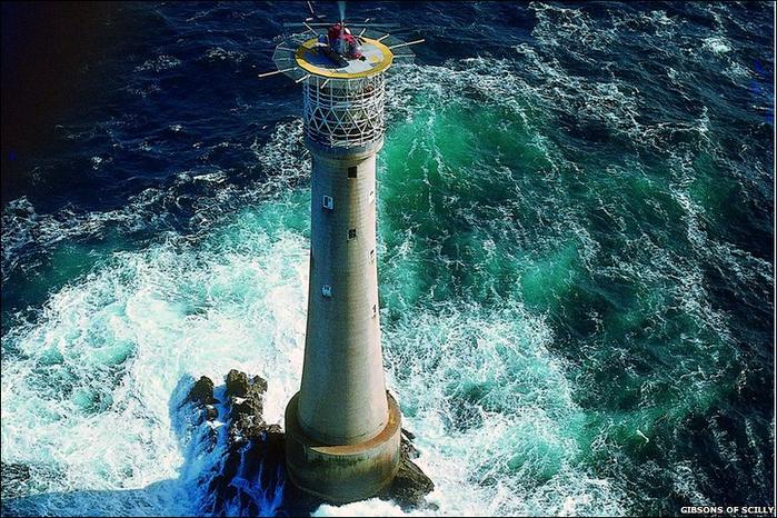 маяк на острове бишоп 1 (700x466, 505Kb)