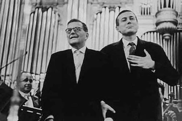 Дмитрий-Шостакович-«Я-проверяю-людей-по-отношению-к-евреям» (700x466, 60Kb)