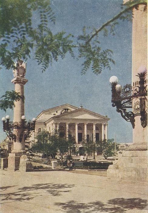 Послевоенный Севастополь 50-х годов/2822077_Poslevoennii_Sevastopol_50h_godov_10 (488x700, 181Kb)