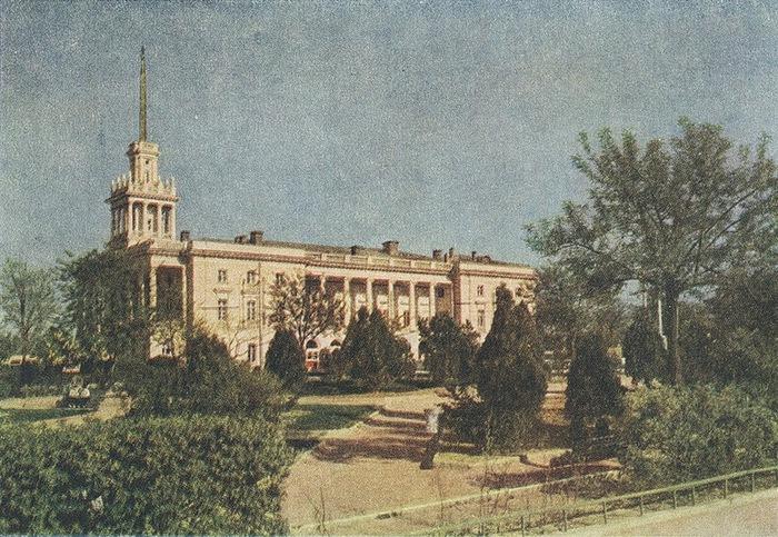 Послевоенный Севастополь 50-х годов/2822077_Poslevoennii_Sevastopol_50h_godov_13 (700x483, 181Kb)
