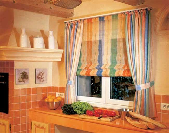 Римские шторы фото на кухне своими руками