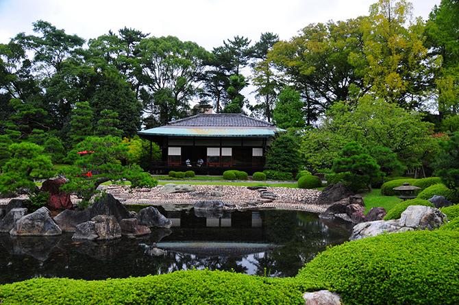 Японский замок Нидзё фото 15 (670x445, 609Kb)