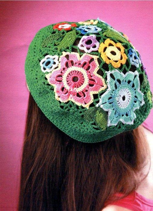 Вязание беретов с цветами