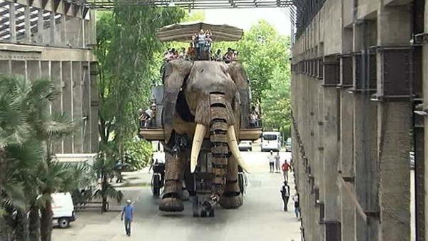 Механические животные в городе Нант