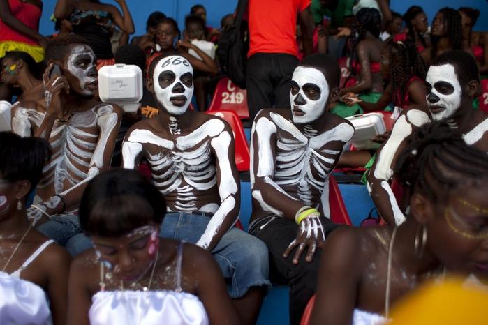 карнавал цветов на гаити фото 15 (700x466, 241Kb)