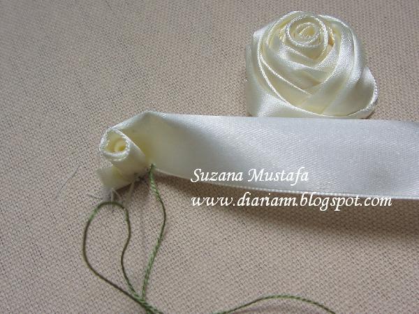 объемная вышивка лентами. розы (4) (600x450, 269Kb)