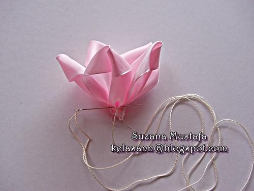 Объемная вышивка лентами. РОЗЫ. Фото мастер-класс (16) (500x375, 105Kb)