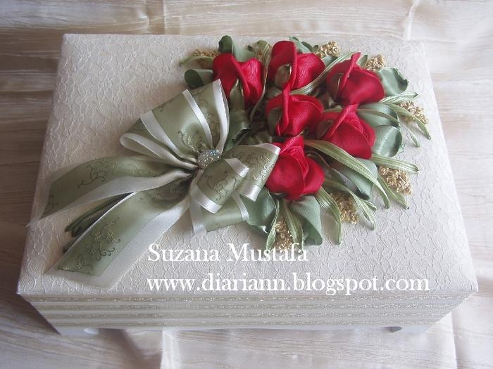 розы. объемная вышивка лентами