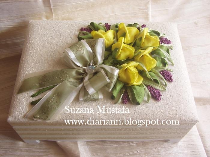 розы. объемная вышивка лентами (12) (700x525, 294Kb)
