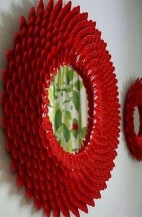 Рамочки для зеркала из пластиковых ложек (5) (278x425, 54Kb)
