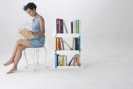 Minimal Bookshelf 05