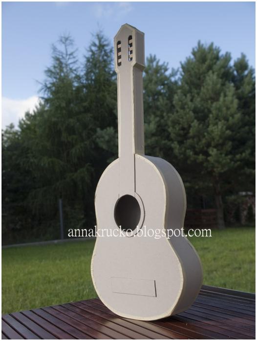 Из картона. Гитара, почти как настоящая) Мастер-класс (15) (526x700, 193Kb)