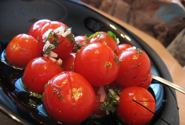malosolnie_pomidori_bistrogo_prigotovleniya-65250 (640x433, 75Kb)