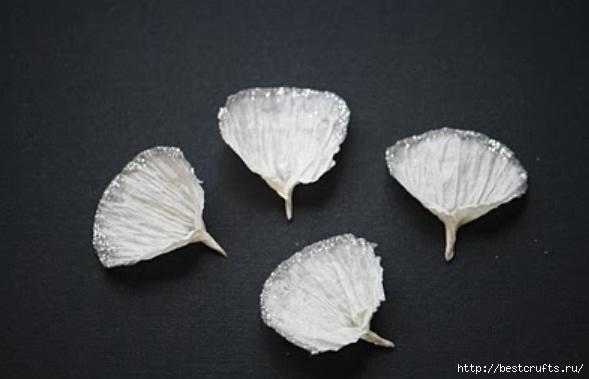 Гвоздики из креповой бумаги для скрапбукинга (5) (589x379, 78Kb)