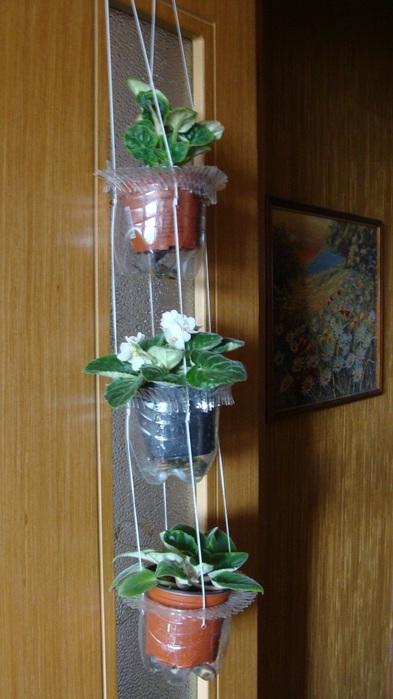 Подставка под цветы своими руками из бутылок 98