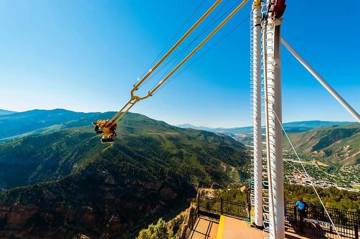 качели над пропастью Giant Canyon Swing 2 (700x466, 261Kb)