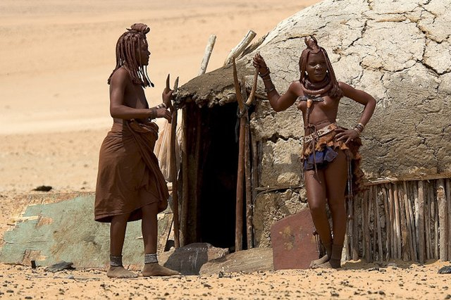traditional_himba_dwelling_jpg_640x480_q85 (640x426, 292Kb)