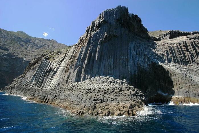 базальтовые скалы Los Organos фото 5 (700x466, 262Kb)