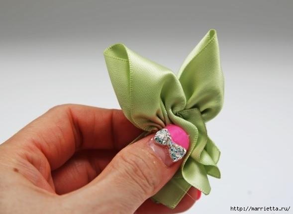 розочка из ленточки для украшения резиночки для волос (12) (589x431, 87Kb)
