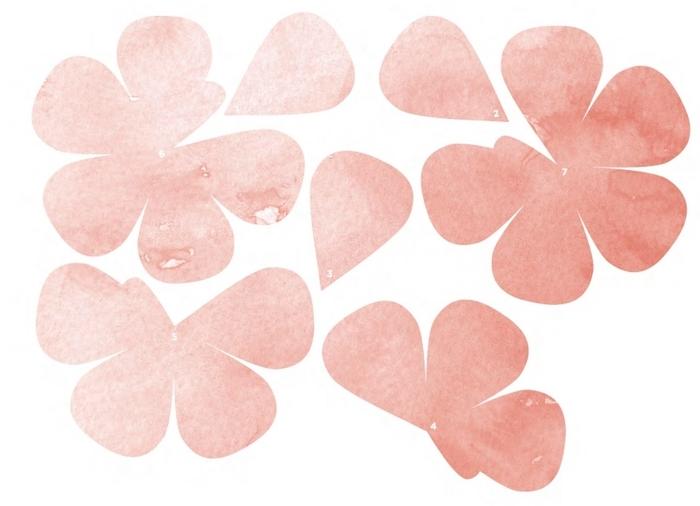 венки и свадебные букеты из бумажных розочек (6) (700x506, 164Kb)