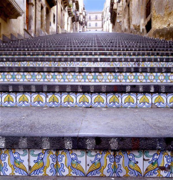 лестница Санта-Мария-дель-Монте сицилия (600x625, 427Kb)