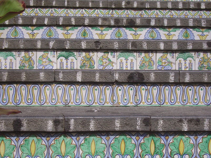 лестница Санта-Мария-дель-Монте сицилия 6 (700x525, 525Kb)