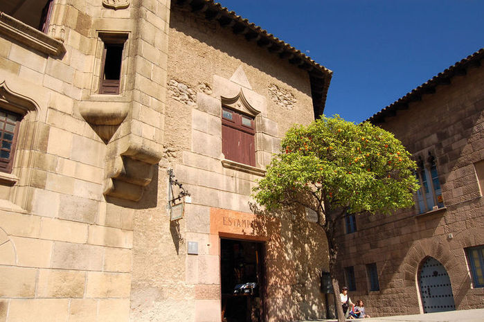 475810235_750_poble-espanyol-barcelona (700x465, 91Kb)