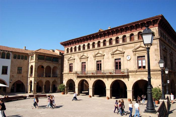 475798718_750_poble-espanyol-barcelona (700x465, 85Kb)