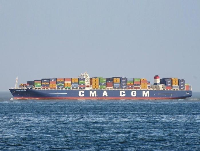 контейнеровоз CMA CGM Marco Polo фото 2 (700x530, 304Kb)
