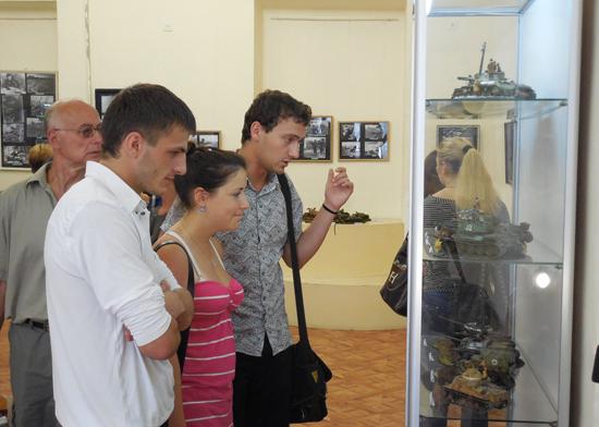 Презентация выставки 'Курский излом'