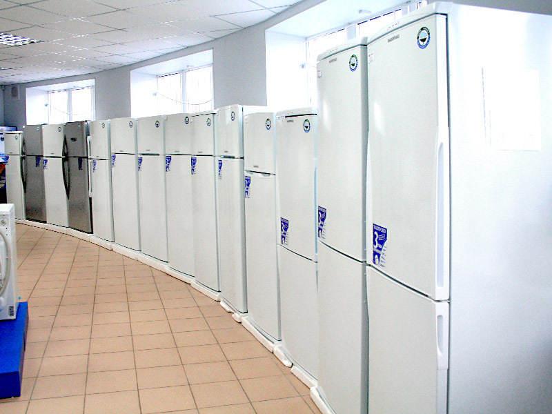 рано владивосток куплю неработающие холодильники серванты для
