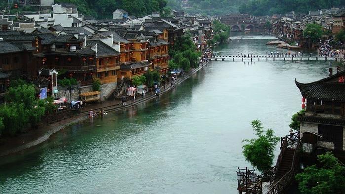 китайский город фэнхуан 1 (700x393, 328Kb)
